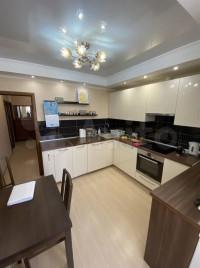 Продается 2-комнатная квартира, 59 кв.м, ул. Александры Монаховой