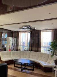 Продается 6-комнатная квартира, 190 кв.м, ул. Саляма Адиля