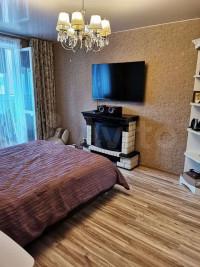 Продается 2-комнатная квартира, 54.6 кв.м, Святоозёрская ул.