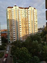 Продается 2-комнатная квартира, 68 кв.м, Авиамоторная ул.
