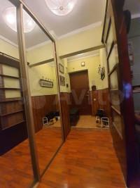 Продается 3-комнатная квартира, 77.2 кв.м, Никоновский пер.