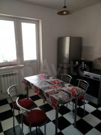 Продается 1-комнатная квартира, 41.1 кв.м, ул. Генерала Глаголева