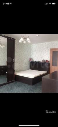 Продается 1-комнатная квартира, 42 кв.м, Краснобогатырская ул.
