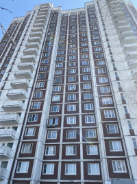 Продается 3-комнатная квартира, 76.4 кв.м, ул. Маршала Захарова