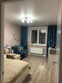 Продается 1-комнатная квартира, 39 кв.м, Школьная ул.