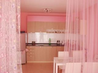 Меблированный апартамент с 1 спальней Поморие