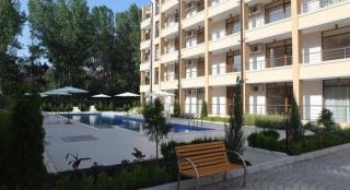 Недвижимость в Болгарии двухкомнатная квартира Солнечный Берег. Елена.