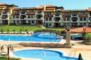 Трёхкомнатная квартира в Болгарии Святой Никола.