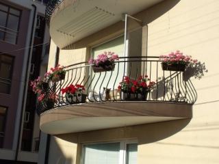 Квартира в Болгарии трёхкомнатная без таксы за обслуживания Сарафово.