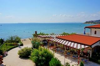 Купить недвижимость в Болгарии в Святом Власе на первой линии с видом на море