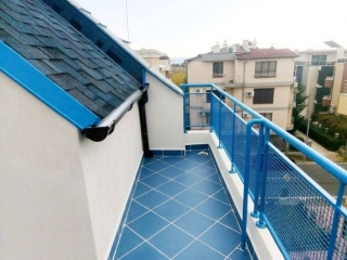 Двухкомнатная квартира с видом на море курорт Несебр