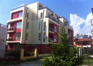 Купить в Болгарии студию в жилом доме Равда.