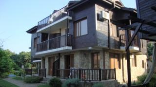 Двухэтажный дом на берегу моря. Созополь.