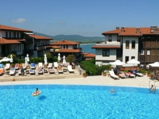 Квартира в Болгарии на первой линии с видом на море Санта Марина