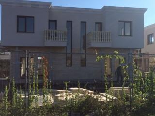 Дом в Болгарии у моря в закрытом комплексе Маджестик.