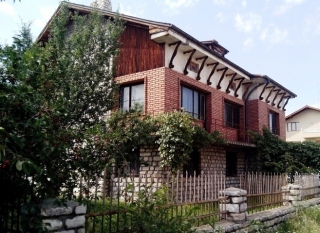 Велинград. Продаю новый кирпичный 3 эт. дом Болгария.