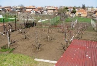 Участок в Болгарии со старым домом у моря. Маринка.