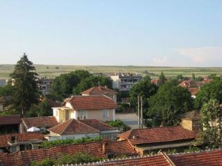 Двухэтажный дом в Болгарии в посёлке 65 км. от Бургаса
