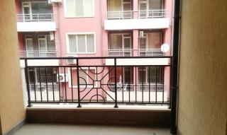 Недвижимость в Болгарии. Трехкомнатная квартира Без таксы поддержки в ПОМОРИЕ