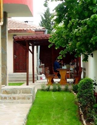 Гостиница в Болгарии  для продажи на первой линии в курорте Черноморец