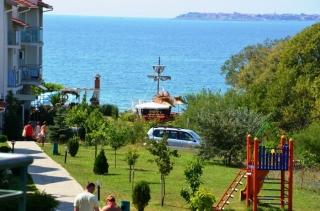 Квартира в Болгарии на первой линии моря Святой Никола.