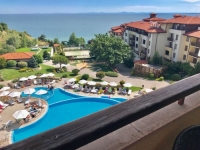 Квартира в Болгарии с видом на море на первой линии с одной спальней