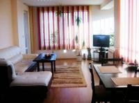Недвижимость Болгарии Большая трёхкомнатная квартира. Центр Солнечного Берега.Джули