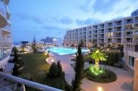 Зарубежная недвижимость квартира меблированная на берегу моря Сарафово