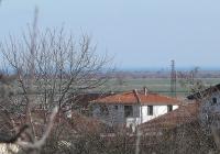 Дом в Болгарии недалеко от моря.