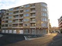 Апартаменты в Поморие в жилом здании на продажу двухкомнатные и студии.
