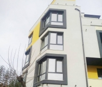 Двухкомнатная квартира в жилом доме в Болгарии у моря в Приморско без таксы за обслуживание.