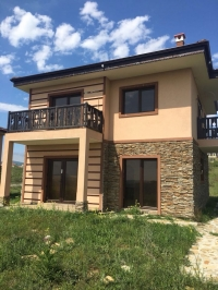 Дом в Болгарии без таксы поддержки в 2 км. от моря