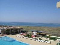 Большая квартира 90 м2 в Болгарии на первой линии моря недорого. Равда