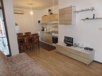 Болгария двухкомнатная квартира с мебелью на море в жилом доме в Равде