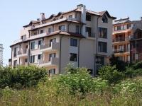 Апартаменты в жилом доме в Болгарии в г. Царево. 2-к.