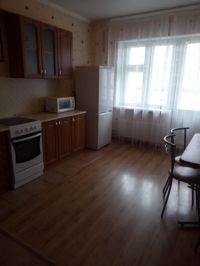 Сдаю однокомнатную квартиру на улице Адоратского, 4