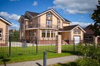 Купить дом 752 кв.м., участок 21 сот., Славково, Новорижское шоссе 24 от МКАД. Недвижимость на карте.