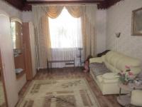 3 -х комнатную квартиру в кирпичном доме + гараж