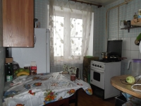 Продаётся двух комнатная квартира на ул. Урицкая 3