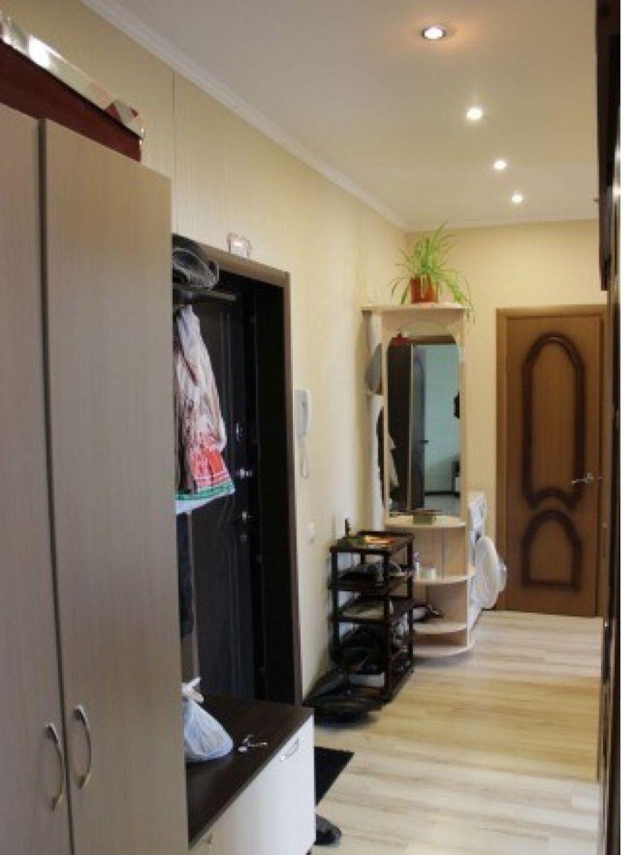 2-комнатная квартира  п. Аничково дом 6, фото 6