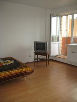 1-комнатная квартира п.Свердловский ул.Михаила Марченко д.4