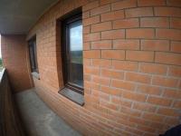 Продается 1-комнатная  светлая квартира - студия! Два окна!
