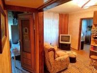 Продаётся уютная, тёплая, просторная, двухкомнатная квартира в самом центре города Клин!