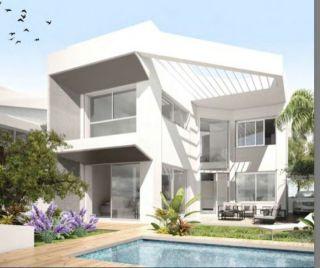 Продается небольшой 2-этажный дом в Испании