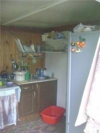 Продам теплый саманный дом 36 м2, 12 соток,  в центре станицы Холмской. Цена 850 т. руб