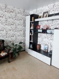 Продам двухэтажный кирпичный дом в центре г. Абинска