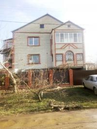 Продам дом 330 кв.м.