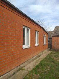 Продам дом саман обложен кирпичом 56 м 2, 14 соток. Цена 1,45 млн. руб.