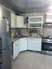 Кирпичный дом 182 кв.м., 23 соток в центре станицы Холмской. Цена 3,7 млн.руб.