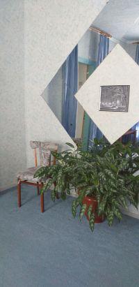 Продам дом в центре станицы Холмской 75  м2, из 4 комнат. на участке 6 соток. Цена 1,8 млн. рублей.